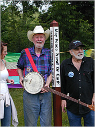 Pete Seeger and Phil Sauers at the dedication ceremony for the stolen peace pole. Image © 2008 Dennis Gaffney for The New York Times. All rights reserved.